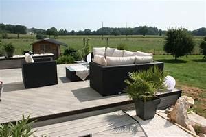 Decoration Terrasse En Bois : decoration autour d une piscine 2 am233nagement dune terrasse en bois composite gris do ~ Melissatoandfro.com Idées de Décoration