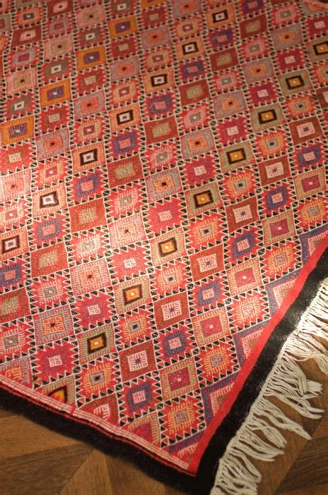tapis marocain fait 100 images tapis des cit 233 s et tapis des tribus les tapis du maroc tapis