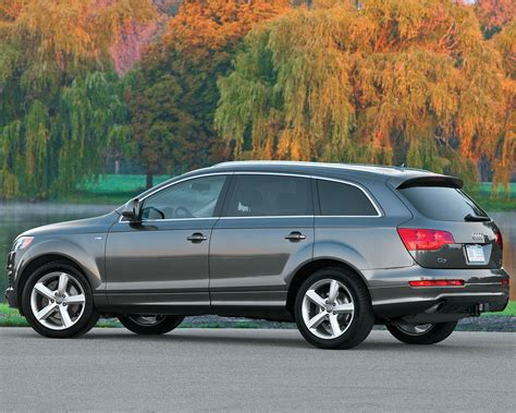 Audi Q7 Backgrounds by Audi Q7 V6 V8 Tdi Premium Plus Prestige Free