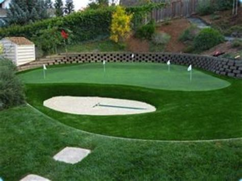 Cost Of Putting Green In My Backyard by Best 25 Backyard Putting Green Ideas On Golf