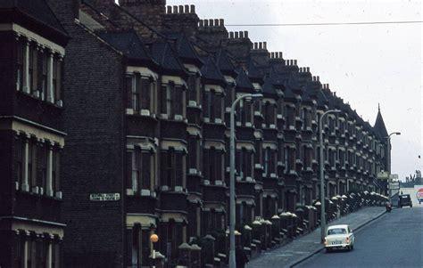 wonderful kodachrome photographs  london