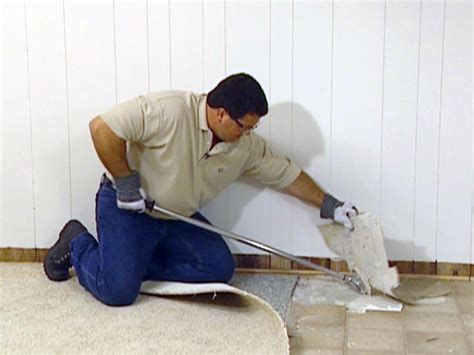 vinyl flooring removal how to remove and add vinyl flooring how tos diy