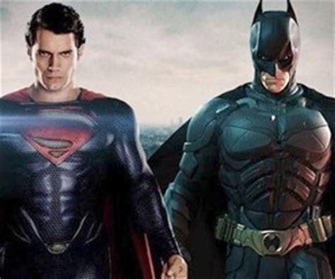tnt exibira desenhos de batman  superman  promover filme