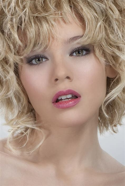 short curly hairstyles 2012 2013 short hairstyles 2018