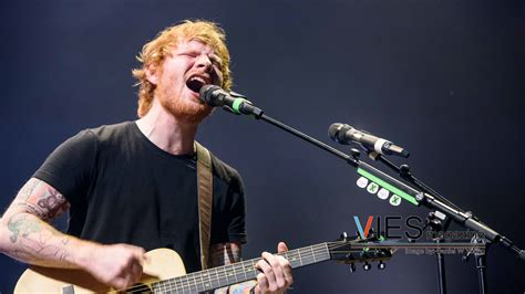 Ed Sheeran Live Concert In Vancouver 2015 Archives  Viesmag. Colour Paint For Living Room. Feature Wall Ideas Living Room Wallpaper. Best Design Living Room. Window Seat In Living Room. Living Room Organization Furniture. Hanging Chair In Living Room. Kitchen Diner Living Room Ideas. Living Room Furniture Ebay
