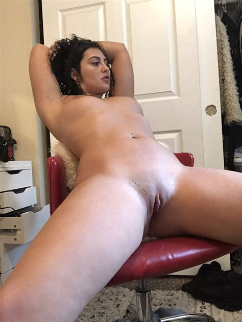 Melinabum Nude Sexy Youtubers