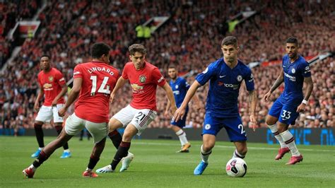 Manchester United took on Chelsea at Wembley in The FA Cup ...