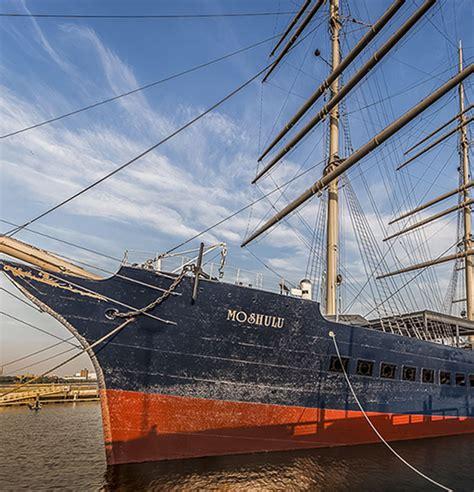 Boat Restaurant Philadelphia by Moshulu Top Restaurants In Philadelphia History Of The