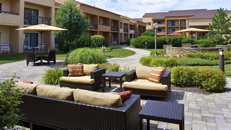 marriott oakbrook terrace the bistro courtyard by marriott oakbrook terrace enjoy
