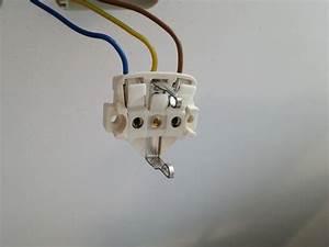 Aufputz Lichtschalter Anschließen : wo schlie e ich hier den schutzleiter gr n gelb an elektronik steckdose ~ Watch28wear.com Haus und Dekorationen