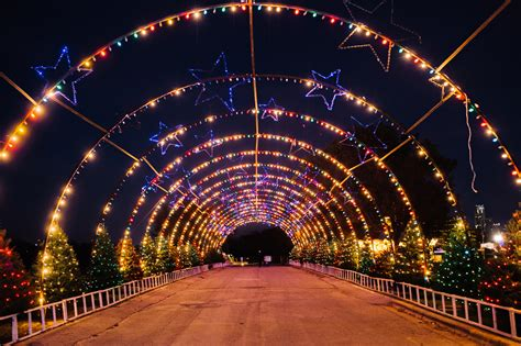 christmas light trail trail of lights
