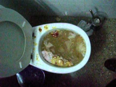 toilet keeps blocking up lifehack unclog blocked toilet fixing without plunger abfluss verstopft