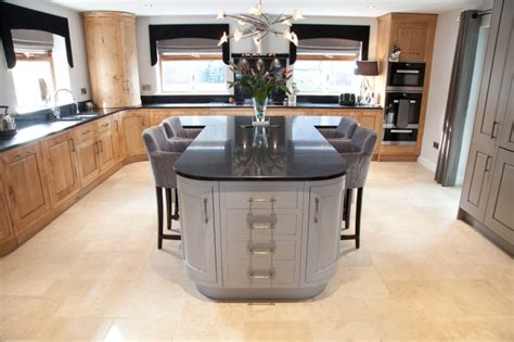 t shaped kitchen islands bespoke kitchens holme tree leicestershire 5969