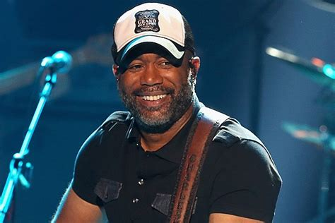 Darius Rucker Will Be At The 2017 Acm Awards And The Ncaa
