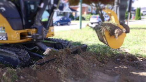 john deere  mini excavator    scrape top soilgrass youtube
