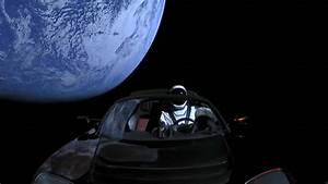 Voiture Tesla Dans L Espace : une tesla dans l espace gatsby online ~ Medecine-chirurgie-esthetiques.com Avis de Voitures
