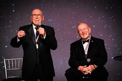 Centennial gala reunites Apollo 13 crew ...