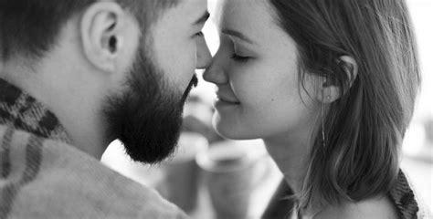 Kad atradīsiet īstu mīlestību, redzēsiet, ka par to ir ...