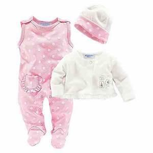 Baby Erstausstattung Set : babykleidung babymode f r jungen m dchen otto ~ Markanthonyermac.com Haus und Dekorationen