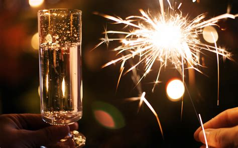 wine lights new year drinks wallpaper 1920x1200