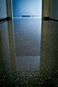 Resine Epoxy Sol Garage : sol r sine epoxy paillettes maison sol plancher epoxy resine epoxy sol et resine sol ~ Dode.kayakingforconservation.com Idées de Décoration