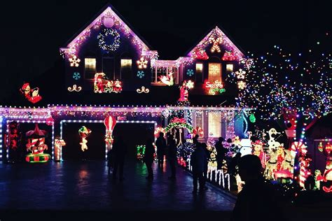 Parklife's 6th Annual Holiday Decorating Contest Voting
