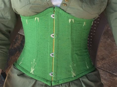 spring green underbust corset sewing projects