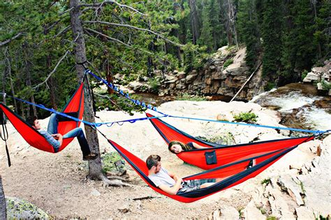 Hanging A Hammock From Trees by Create Hammock Commune With Tree O Frame Gearjunkie