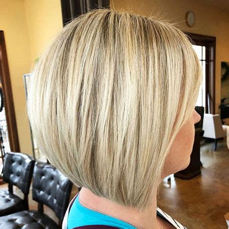 short ash blonde hair color