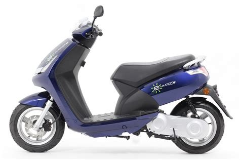 Scooter Peugeot by Peugeot E Vivacity Electric Scooters 2019