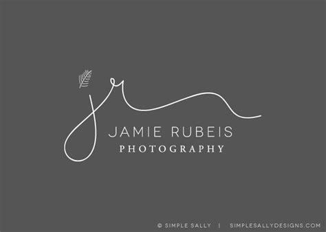 simple logo design  photographers jamie rubeis