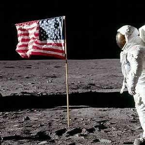 XKCD debunks claims of the Moon landing hoax | Millard ...