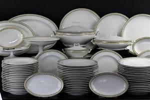 Vaisselle En Porcelaine : service porcelaine blanche design en image ~ Teatrodelosmanantiales.com Idées de Décoration