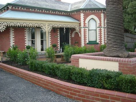 brick wall front yard 35 retaining wall blocks design ideas how to choose the right ones