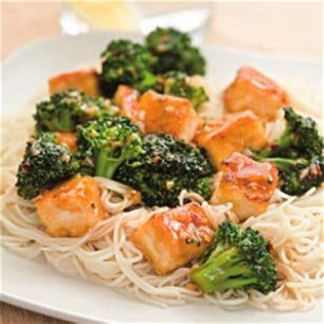 comment cuisiner les brocolis frais 6 trucs pour cuisiner le tofu et l apprécier si on ne l