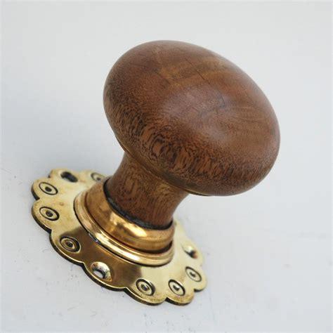 door knobs with oak edinburgh bun door knobs