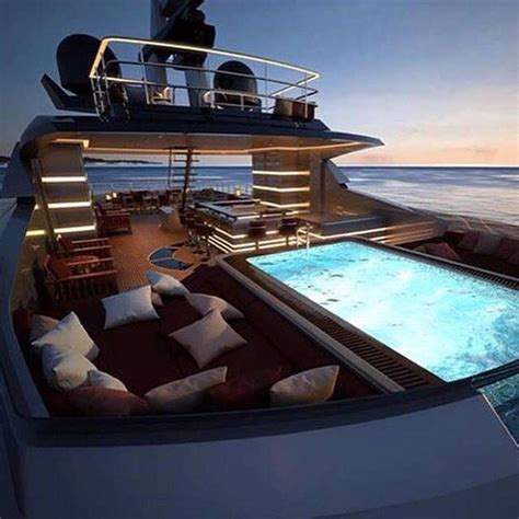 Top 10 Luxury Pontoon Boats by 163 Best Yacht Images On Luxury Yachts Boat