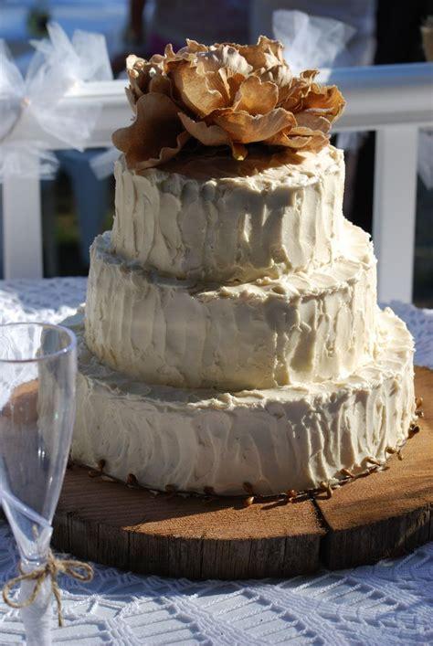 The Perfect Wedding Cake Wedding Burlap Lace And
