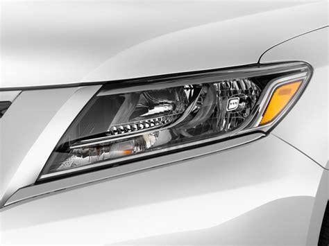 image 2013 nissan pathfinder 2wd 4 door sl headlight