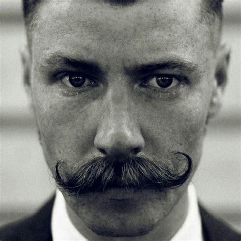 grow handlebar mustache guide