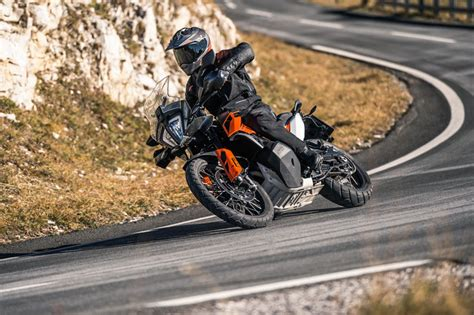 ktm  adventure  motorcyclecom
