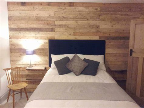 pallet wood wall pallet ideas  pallets