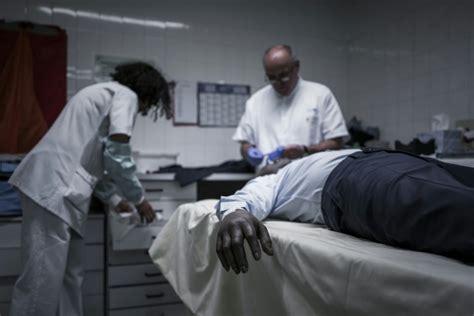 de chambre mortuaire la chambre mortuaire de bichat brise un tabou en ouvrant