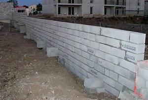 Cout Mur Parpaing : construire un mur de cloture id es d coration id es d coration ~ Dode.kayakingforconservation.com Idées de Décoration