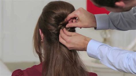 How To Create 60s Hairstyles by How To Create A 1960s Beehive
