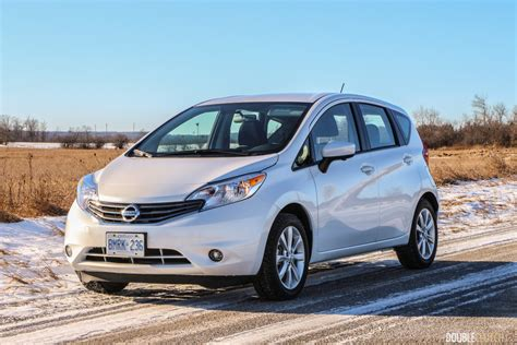 nissan note 2016 2016 nissan versa note sl review doubleclutch ca