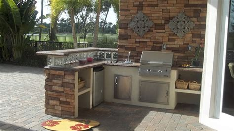 Outdoor Kitchen Lowes  Kitchen Decor Design Ideas