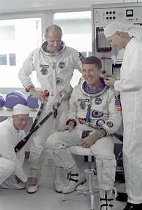 Mercury Gemini Apollo Missions - Pics about space