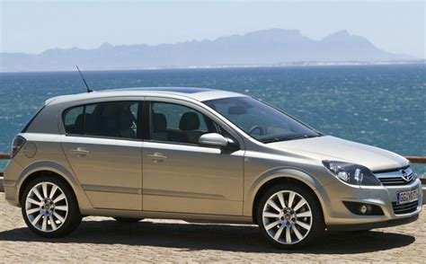 Opel Astra 2007 by Opel Astra Hatchback 2007 2009 Reviews Technical Data
