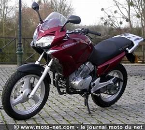 Moto Honda Automatique : tous les essais elle a tout d 39 une grande ~ Medecine-chirurgie-esthetiques.com Avis de Voitures